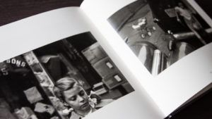 Interior de Early Black and White, Saul Leiter.